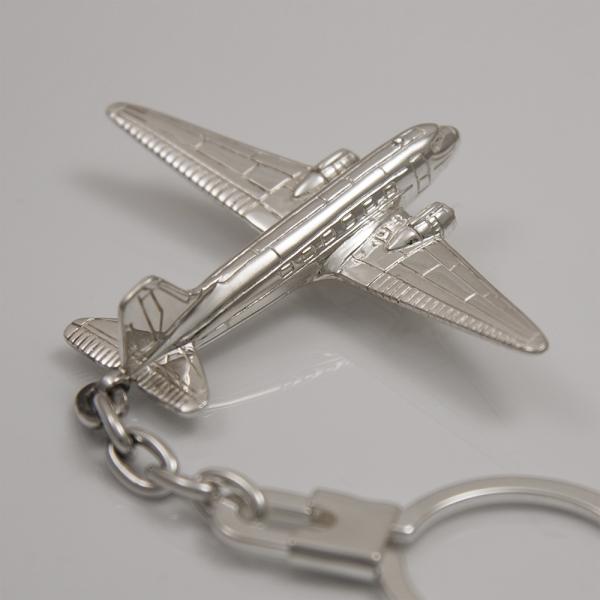 Llavero de plata de ley avión Douglas DC-3